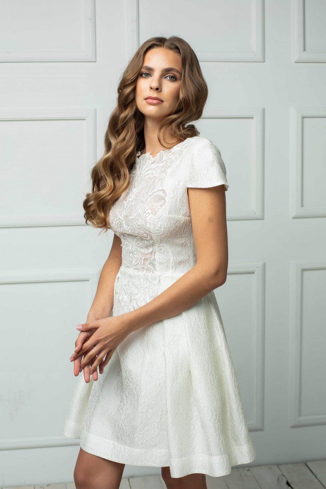 Wedding dress 184