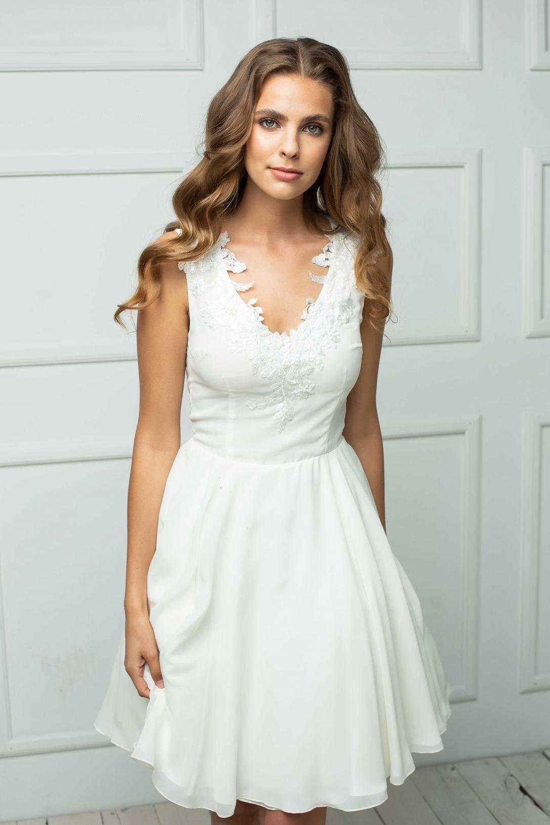 Wedding dress 213