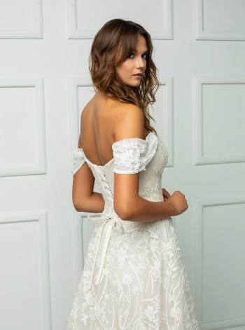 Wedding Dress 243