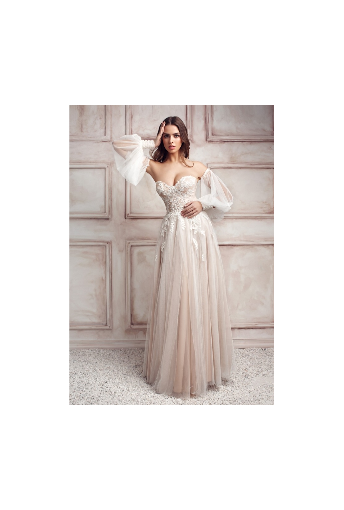 Vestuvinė suknelė 262