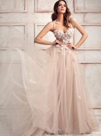 Wedding dress 272