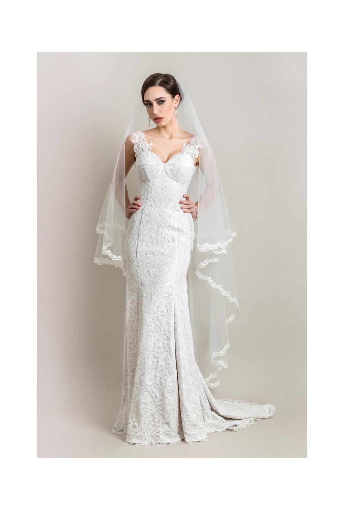 Vestuvinė suknelė 126