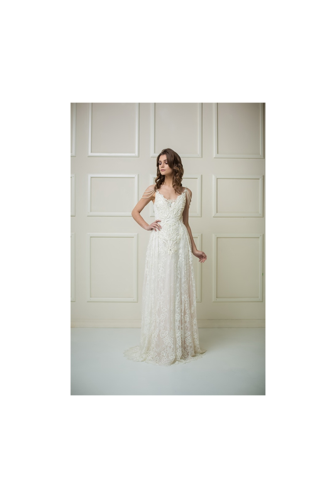 Vestuvinė suknelė 211